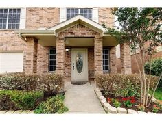 Open House on Saturday from 12-2pm - Contact The Jessica Hargis Group at 469 351 9516 for more info today!  http://qoo.ly/ex445