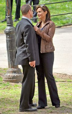Sure, Christopher Meloni makes a pretty good argument for why Olivia Benson and Elliot Stabler never got together. Maybe the magic would have been lost. Maybe they would end up breaking up and breaking all of our hearts in the process. Maybe they would have realized that workplace romance is super sexy in theory, but not in practice. Or maybe that's just us...