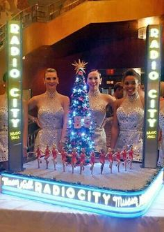 Cake Boss Happy 85th Rockettes