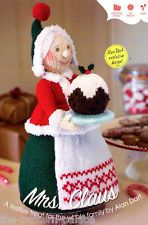 Mrs Christmas (Mrs Claus) Toy by Alan Dart Knitting Pattern: Measurement tall (Simply Knitting Magazine Pull Out Pattern) Knitted Dolls, Crochet Dolls, Christmas Crafts, Merry Christmas, Xmas, Father Christmas, Alan Dart, Simply Knitting, Simply Crochet