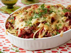 Baked Spaghetti Recipe : Food Network Kitchens : Food Network - FoodNetwork.com This mash-up of lasagna and spaghetti with meat sauce makes for a warming one-pan dinner. (And if you start with leftover cooked noodles and meat sauce, you're set for a super-fast weeknight meal.) Assemble the casserole ahead of time and bake when you're ready to serve.