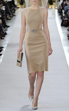 Stunning look by Philosophy di Alberta Ferretti. (Ombre Sleeveless Dress)
