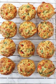 4 recipes for salty muffins that you will like very much - Pequeocio - Salty muffins, kid-proof vegetables! How to make salty vegetable muffins. Salty muffin recipe, a gr - Spinach Muffins, Savory Muffins, Cheese Muffins, Healthy Muffins, Savoury Vegetable Muffins, Pizza Muffins, Savoury Muffin Recipe, Savoury Muffins Vegetarian, Vegetable Snacks