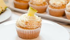 Top 8 tips to stop cupcake cases from peeling away