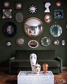 Barnaba Fornasetti Guest Bedroom - Milan Homes - ELLE DECOR With the exception of the faces on the ottoman, I love the mirrors on the wall Decor, House Design, Elle Decor, Green Rooms, Interior Design, Mirror Decor, Interior, Home Decor, Fornasetti