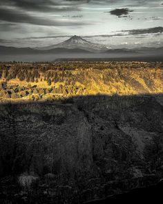 Cascade Mountains in Central Oregon --------------------- @ oregonventure
