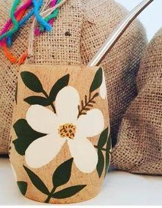Painted Plant Pots, Painted Flower Pots, Tea Cup Drawing, Flower Pot Design, Pottery Painting Designs, Deco Nature, Ceramic Shop, Macrame Plant Hangers, Posca