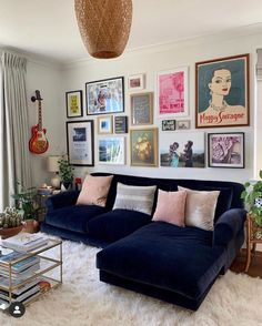 What do you get if you mix one of our comfiest sofas with an impeccable eye for style? One stunner of a shot, that's what! We're loving your Crumpet chaise sofa Lisa. Home Living Room, Living Room Designs, Living Room Decor, Living Room Gallery Wall, Eclectic Gallery Wall, Retro Living Rooms, Eclectic Living Room, Eclectic Bedroom Decor, Eclectic Furniture