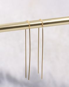 Fine Bar Long Threader Earring in gold-plated sterling silver. Geometric Jewelry, Earring Backs, Rose Gold Plates, Jewerly, Plating, Hair Accessories, Bar, Sterling Silver, Earrings