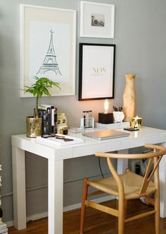 White desk + gold and wood accents = dream workspace