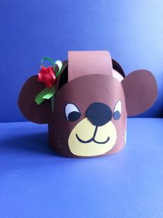 * Verjaardagsmuts beer
