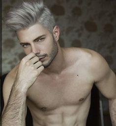 Conteúdo Masculino: Granny Hair: a tendência dos cabelos grisalhos                                                                                                                                                      Mais
