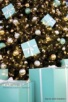 Tiffany Christmas Tree with Packages