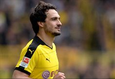 BREAKING NEWS: Hummels to sign for Bayern Munich