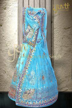 Royal Rajputi dress I like it so much . Rajput Jewellery, Rajasthani Dress, Rajputi Dress, Royal Dresses, Two Piece Dress, Indian Designer Wear, Ethnic Fashion, Wedding Wear, Dress Codes