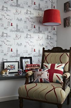 London Life, love the upholestery on this chair. STUNNING! i am in love with this!
