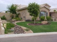 10 Easy Arizona Landscaping Ideas For Spring - I need something like this in my front yard