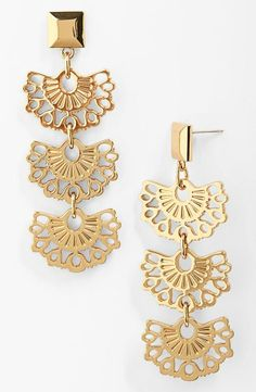 Beautiful Fan Drop Earrings