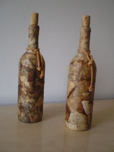 Decorative Bottles : Imagem relacionada -Read More – – BuzzTMZ Wine Bottle Art, Diy Bottle, Wine Bottle Crafts, Coffee Filter Art, Inspiration Artistique, Diy And Crafts, Arts And Crafts, Recycled Glass Bottles, Decorative Bottles
