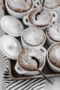 Chocolate soufflé is light and decadent at the same time. Make a large one or individual ramekins, and prepare in advance for an easy dinner party dessert. Chocolate Souffle, Chocolate Chip Cookies, Chocolate Creme Brulee, Yummy Treats, Sweet Treats, Yummy Food, Healthy Food, Easy Dinner Party Desserts, Baking Recipes