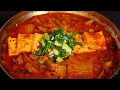 Kimchi soft tofu stew (kimchi sundubu-jjigae: 김치순두부찌개) - YouTube