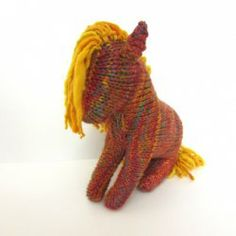 All Wool Knitted Horse by EntangledForest | Mad Mad Makers | https://www.etsy.com/listing/182989431/all-wool-knitted-horse-made-with-hand