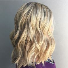 Hello sunshine ☀️ Color by @tamara_cerullo  #hair #hairenvy #haircolor #hairstyles #blonde #balayage #highlights #newandnow #inspiration #maneinterest