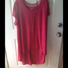Womens hi/low front/back pullover top size 3x Brand new with retail tags. Never worn. Size 3x. Really cute stylish top. All my items come from a smoke and pet free home.  The color is red but it's not a bright red. It's more of a maroon color. Eyeshadow clothing Tops Blouses
