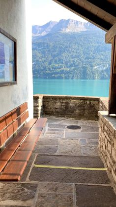Lake Brienz, Switzerland Vacation Destinations, Dream Vacations, Summer Photography, Travel Photography, The Places Youll Go, Places To Visit, Beautiful World, Beautiful Places, Best Of Switzerland