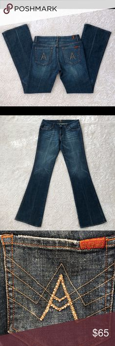 7ForAllMankind Rhinestone A Pocket Bootleg Jean 30 Gently preowned with no holes or stains with no visible wear and tear. Beautiful Rhinestone A pocket style bootleg cut with fading accents medium wash jeans . Zip fly with button closure and five pocket style jeans. 7 For All Mankind Jeans Boot Cut