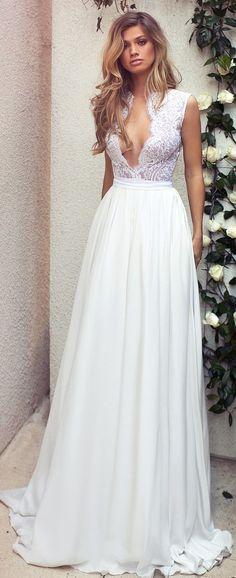 Lurelly Bridal Deep V-neck Wedding Dress | Deer Pearl Flowers