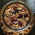 Je suis une grande fan de granola ou muesli maison. Si les enfants raffolent des