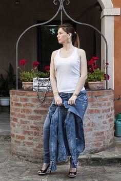 Una borsa Pomikaki e Tracce di Te by Marco Calzolai - http://www.2fashionsisters.com/borsa-pomikaki-marco-calzolai/ - 2 Fashion Sisters Fashion Blog - #BorsaPomikaki, #CristinaDePin, #JeansMarcoCalzolai