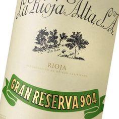La Rioja Alta Gran Reserva 904, esta elaborado por las Bodegas La Rioja Alta, con denominación de origen La Rioja, un vino gran reserva de excepcional calidad