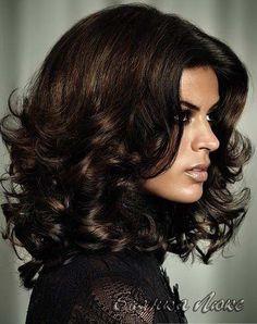 Стрижки и прически на среднюю длину волос 130