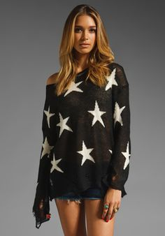 WILDFOX COUTURE Lennon Seeing Stars Sweater in Clean Black at Revolve Clothing