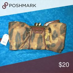 Jessica Simpson Bella clutch Brand new Leopard print clutch. I have 6 that I'm blowing out at a fraction of retail price! Jessica Simpson Bags Clutches & Wristlets