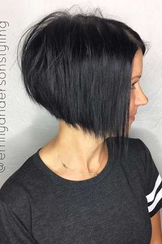 Pixie bob is a trend you shouldn't pass by. It has lots of variations which means you can find a unique haircut for you. In this article, we prepared for you many ideas for your new haircut, go on reading and check them out! #pixiebob #haircuts