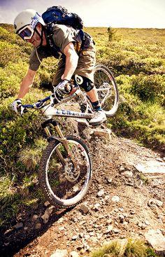 Rider: Thomas Prof Schmitt | Location: Urlaubsarena Wildkogel, Austria | Photo: Dominic Zimmermann | Spring / Summer Collection 2012 | www.zimtstern.com | #zimtstern #spring #summer #collection #mens #bike #downhill #mountain #cross #nature #alpine #trail