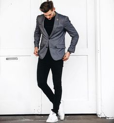 Smart casual is about adapting to the circumstance. May you have fun working with the recent trends to improve your inner goodess, locate your style and complement your physique. Mens Fashion Blog, Mens Fashion Suits, Blazer For Men Fashion, Male Fashion, Fashion Outfits, Justin Bieber Moda, Stylish Men, Men Casual, Smart Casual