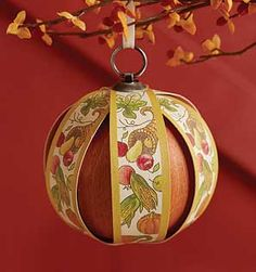 Longaberger Baskets-2012 Thanksgiving Ornament Celebrate the fall harvest! October's Ornament, the 7th in a year-long series, carries the colors of fall and a bounteous harvest. A Spice interior weave and Whitewashed with gold accent printed veneer. www.shopbasketsnmore.com