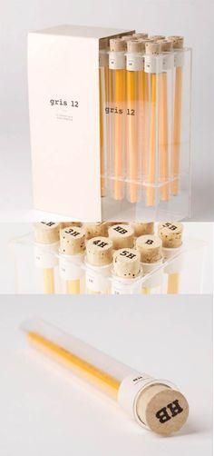 Packaging de produits - Des crayons gris éprouvettes
