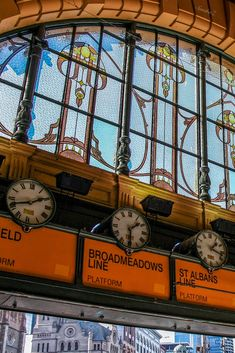 Flinders St.Station -SandraZ Oz Architecture, Melbourne Architecture, Vintage Architecture, Places In Melbourne, Melbourne Art, Melbourne Australia, Urban Photography, Vintage Photography, Art Nouveau