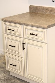 Buy Pearl Kitchen Cabinets Online From Kitchen Cabinet Kings | Full Overlay  Door Style   3