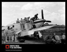 Revisión exhaustiva de los Mustang P-51D, al tiempo que se capacitaban nuestros pilotos en el manejo de estas aeronaves de combate. 19 de enero de 1955.