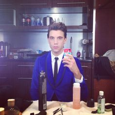 *O* (me dying in in awe if the beauty if Mika Holbrook Penniman)