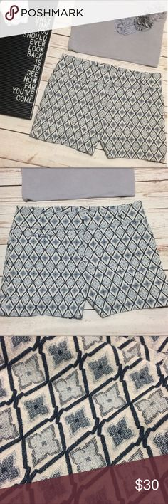 """LOFT Moroccan Print Jacquard Shorts Super adorable Shorts by LOFT with shades of bluish-gray over a cream background. Moroccan/Diamond print. Machine washable. 4"""" inseam. Tag says size 0 but runs a little bigger (waist measures 15"""" across when fastened). Excellent condition! LOFT Shorts"""