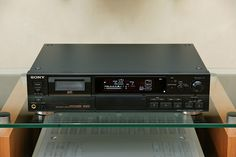 Sony DTC-60ES DAT Recorder (1995).     http://hc.com.vn/  http://hc.com.vn/dien-tu/tivi-led.html  http://hc.com.vn/dien-tu/tivi-lcd.html