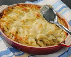 Κουνουπίδι....Ένα λαχανικό με πολλά οφέλη για την υγεία μας αλλα λίγο ''παρεξηγημένη'' γεύση...  3 συνταγες που θα αλλάξουν τη γνώμη των παιδιών σας για το κουνουπίδι    Βελουτέ σούπα με κουνουπίδι και τυρί cheddar  Υλικά  Αλάτι  1/2 κεφάλι κουνουπίδι καθαρισμένο και