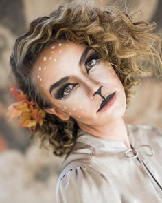 All of the pictures from this Doe photo shoot are on the blog // link in profile. You don't want to miss them! #hairandmakeupbysteph #socute #happyhalloween Photo: @ciara_richardson_photo Model: @tortwede